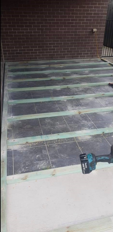 Marine Varnish Deck Application Brisbane Cbd Roofing And